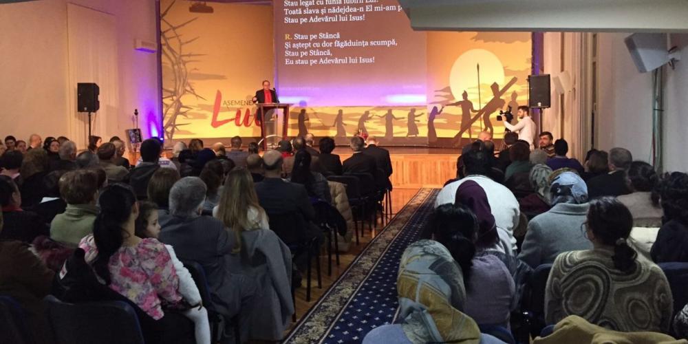 Adventist-Romania-Ted-Wilson-Facebook-April25